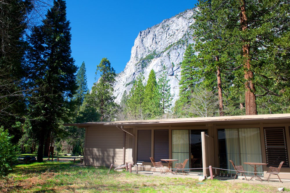 Yosemite lodging deals lamoureph blog for Cabins in yosemite valley